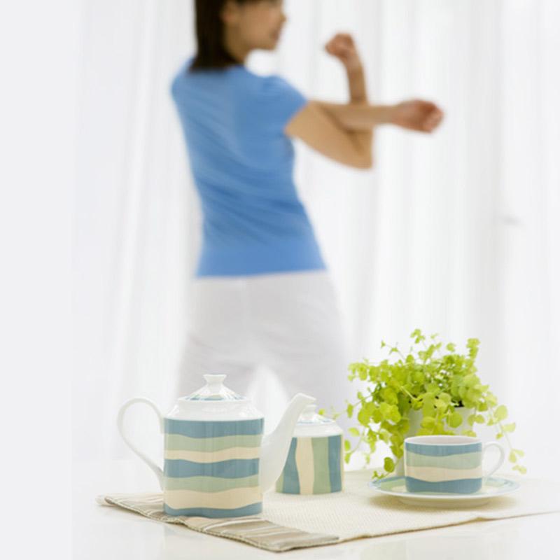 カリスマトレーナーAYA先生監修の筋肉貯金を増やす1日たった5分のエクササイズ